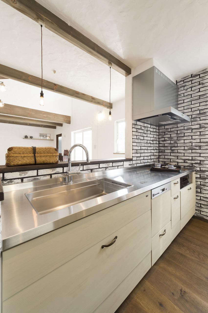 自然素材の家 キッチン アンティーク